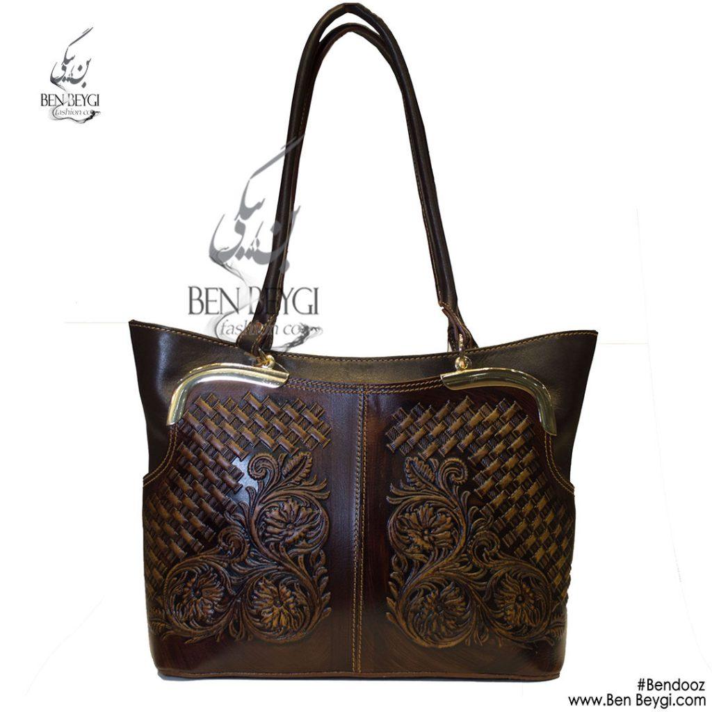 کیف دوشی زنانه رنگ مشکی قهوه ای190